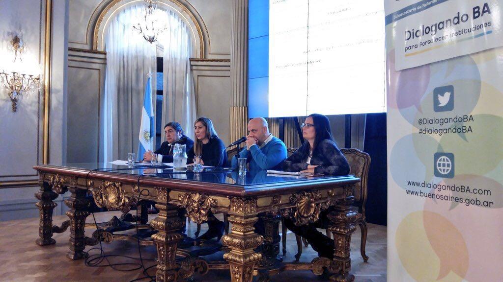 Dialogando BA - Ley de acceso a la información